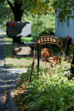 Roadside Mailbox and Signage - 85mm (#1)