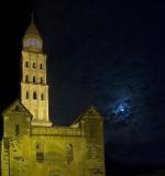 La cathédrale et la lune