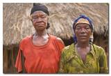 Ancianos en aldea Konso  -  Elder in Konso village