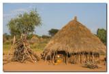 Choza Hamer  -  Hamer hut