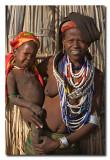 Mujer y bebe Arbore  -  Arbore woman with baby