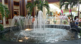MALL FOUNTAIN  -  HAND-HELD @ 1/10 SECOND