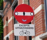 Excepté cyclistes.
