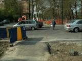 3/5/2006 - En arrivant de Debroux. Les piétons aussi sont exposés...