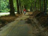 9/8/2006 - Un chantier permanent... toujours ouvert aux cyclistes !