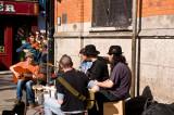 Music in the sun in Temple Bar