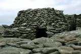 Beehive hut Dingle Peninsula.jpg