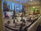 Sheraton Moana Surfrider Christmas display