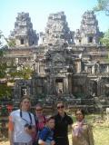 cambodia angkor temples030.JPG