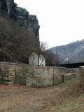 Maryland Heights behind Lock 33