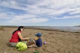 Ah...les simples plaisirs de faire des châteaux de sables