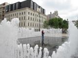 The reactive fountain