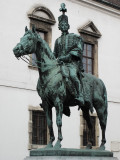 Statue in Castle district