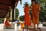 Wat Sop, repainting the temple