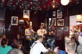 Irish band in Temple Bar (video)