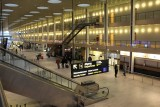 Modern airport 具現代感的機場