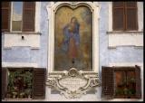 virgen en fachada