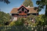 Hamar: Lakeside Home