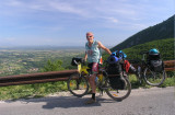 Abfahrt vom Sedlo Kulla-Pass mit Blick in den Kosovo