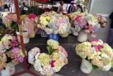 Flower store in SF warf Reala