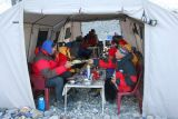 Dinner in Gasherbrum BC