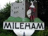 Mileham  village  sign , depicting  the  castle.