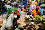 colourful market, mopti