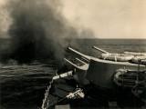HMCS_QUEBEC_A_B_turrets_6_inch_guns_firing.jpg