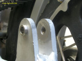 0858 Stainless steel inserts in lower shock mounts