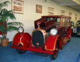 1921 Heine-Velox V-12 Limousine.