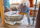 Grooving A Millstone 89375