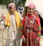 couple from Kullu