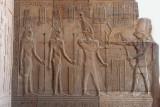 Horus, à droite