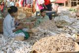 Vendeuses de poissons séchés