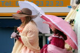 Sous les ombrelles