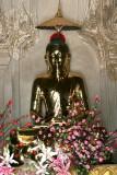 Bouddha du temple Phaya Thone Zu