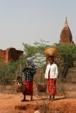 Rencontre au  temple Phaya Thone Zu
