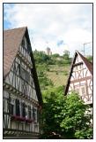 Starkenburg between 2 houses