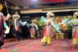 tibetan dancers2.jpg