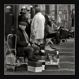 shoes'seller in Naples