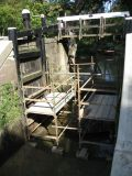 The re-erected scaffold by the upper lock gates