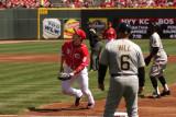 Reds first baseman Joey Votto keeping an eye on the ball