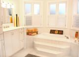 9782 master bath 1 web.jpg