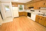kitchen 2322.jpg
