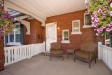 porch 2314.jpg