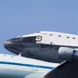 Shuttle Endeavor atop a 747 - cropped