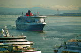 Queen Mary 2  ( Pavillon ) Royaume - Uni / Passagers 3,090  / Port  of Québec