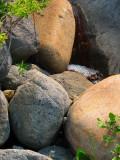 bouillonements entre les roches