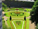 Le jardin vert et rouge à la française