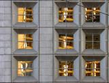 fenêtres carrées cuivrées au fil